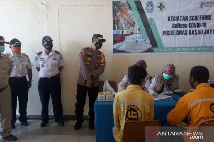 Kubu Raya telusuri COVID-19 di Dermaga Rasau Jaya menggunakan GeNose