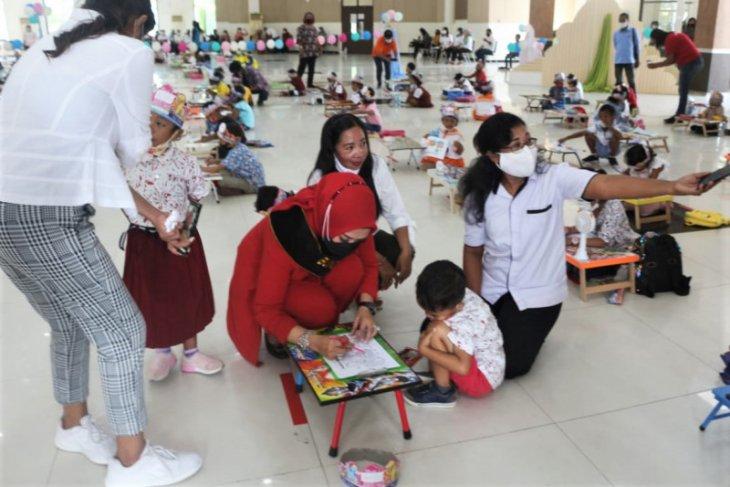 Istri Gubernur Maluku rayakan HUT dengan lomba menggambar untuk anak