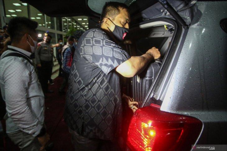 Azis Syamsuddin penuhi panggilan KPK sebagai saksi