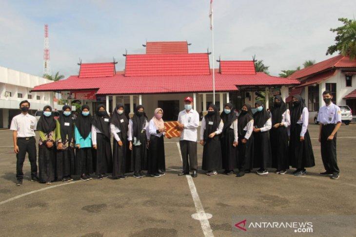 Siswa SMKN 1 Marabahan akhiri PKL di Setda Batola
