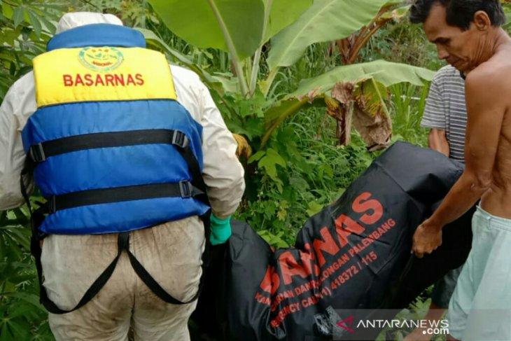 Tim SAR evakuasi remaja tenggelam di Lubuklinggau