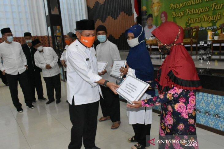 Pemkab Kubu Raya berikan insentif untuk 1.060 guru ngaji dan 485 petugas Fardhu Kifayah
