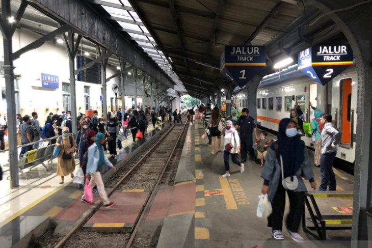 Jumlah penumpang KA di Daop Jember meningkat sebelum berlaku larangan mudik