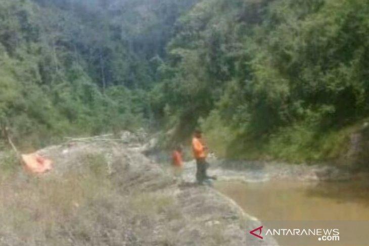 Tim SAR temukan jasad warga hanyut di Sungai Cibuni
