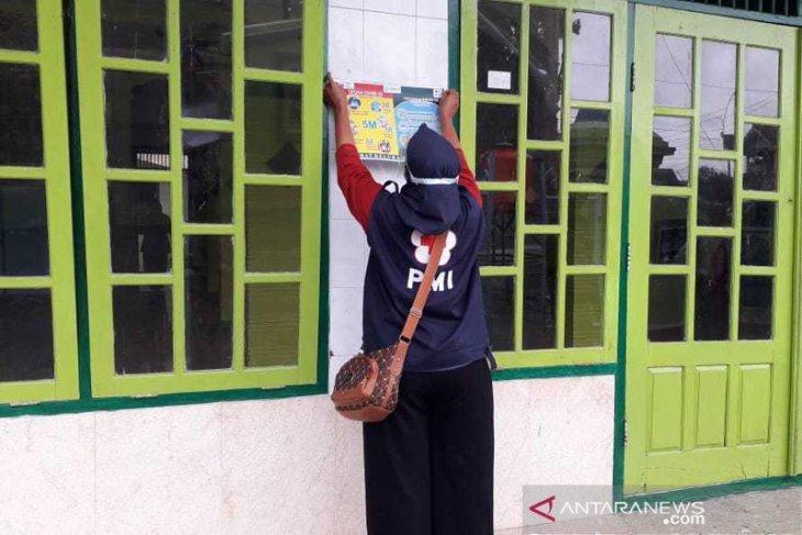 Relawan SIBAT PMI Cilacap sosialisasikan protokol 5M di tempat ibadah