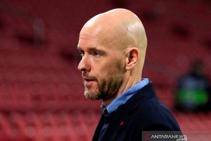 Ajax Amsterdam  pertahankan Erik ten Hag sampai 2023