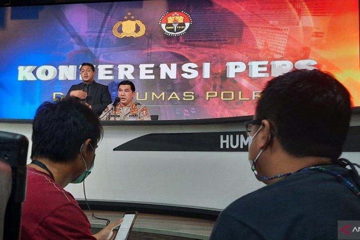Polri jelaskan barang bukti cairan di sekretariat FPI bahan baku peledak