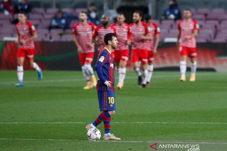 Xavi Hernandez: Messi butuh Barcelona  dan begitu pula sebaliknya
