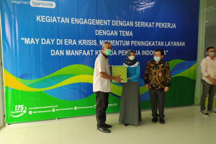 BPJAMSOSTEK Banten isi hari buruh dengan pembagian 1.500 paket sembako