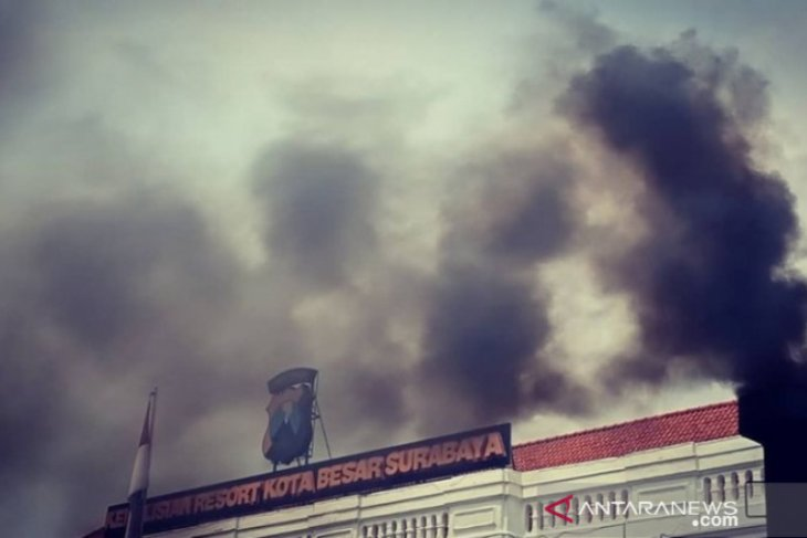 Sejumlah anggota Polrestabes Surabaya diciduk Propam atas dugaan terlibat narkoba