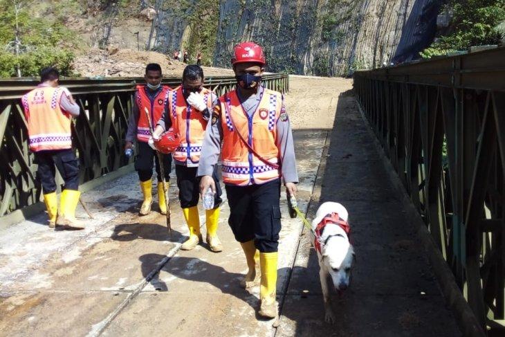 Pencarian korban longsor Batang Toru libatkan anjing pelacak