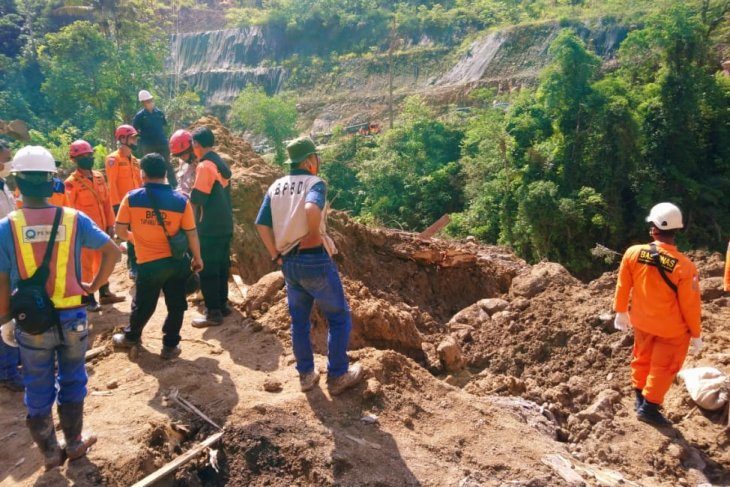 Update, pencarian korban longsor Batang Toru hari kedua nihil