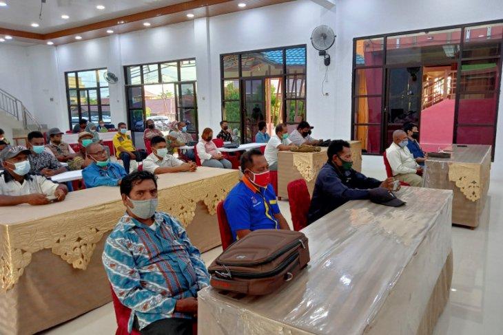 Disnakertrans Provinsi Papua Barat sosialisasi Undang-undang Cipta Kerja