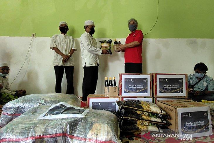 ANTARA Kalsel dan Adaro Indonesia Berbagi