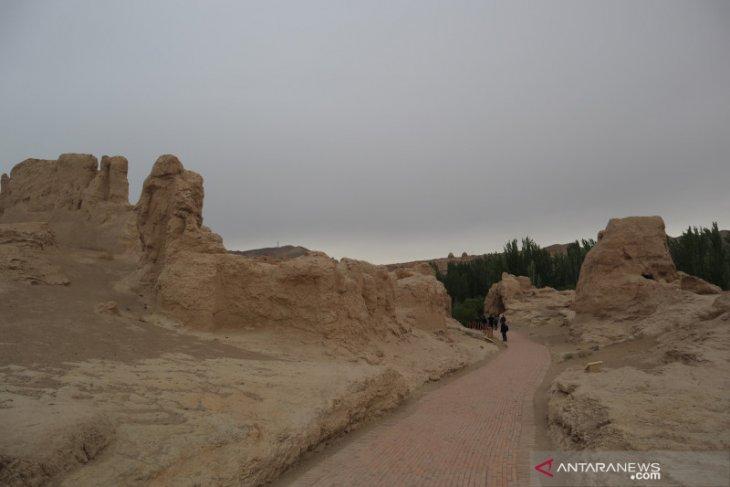 Menapaki jejak Uighur di bukit Yarghul