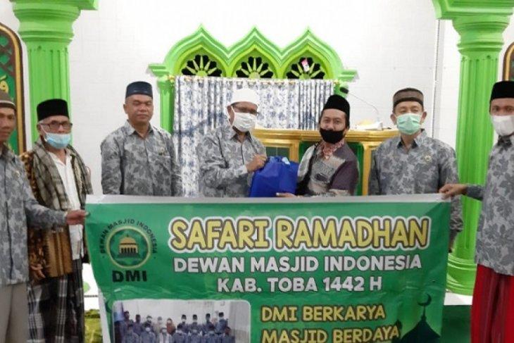 Safari Ramadhan DMI Toba terapkan prokes