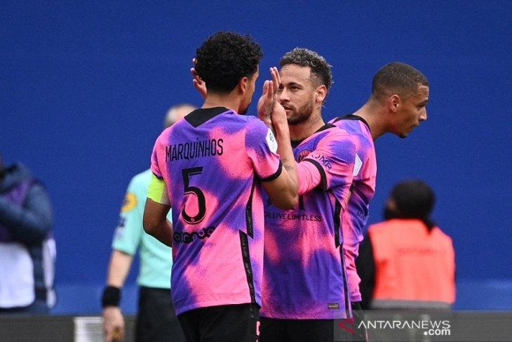 PSG rebut puncak klasemen Liga Prancis setelah tundukkan Lens
