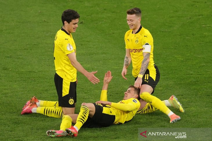 Dortmund melenggang ke final DFB Pokal