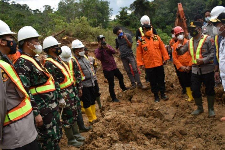 Kapolda Sumut minta semua kemampuan dikerahkan untuk penanganan longsor Batang Toru