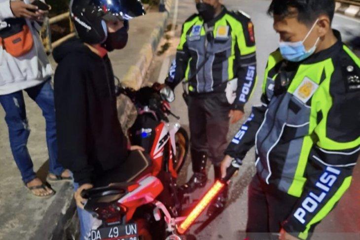 Satlantas Banjarmasin tilang sepeda motor gunakan knalpot bising