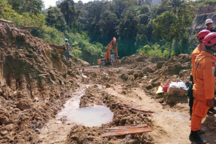 Dua jenazah korban longsor ditemukan di Sungai Batang Toru