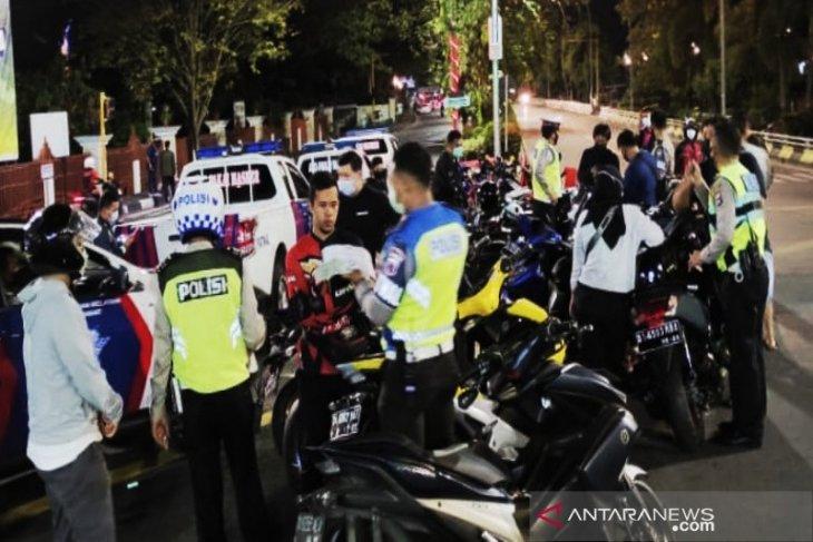 Aturan baru SIM pelanggar lalu lintas dapat dicabut. Pelajari disini