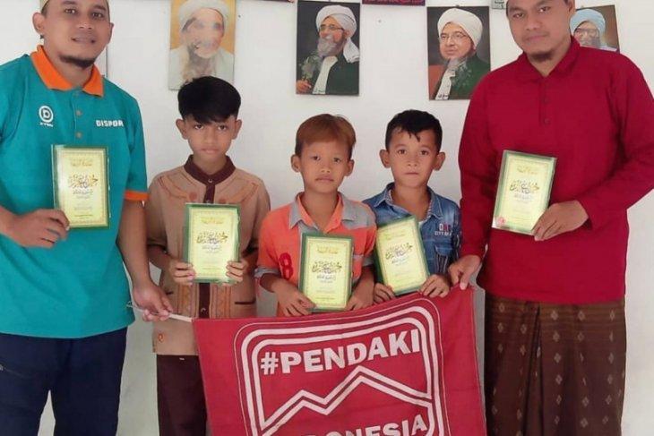 Facebook dukung Pendaki Indonesia bagikan inspirasi dengan sedekah