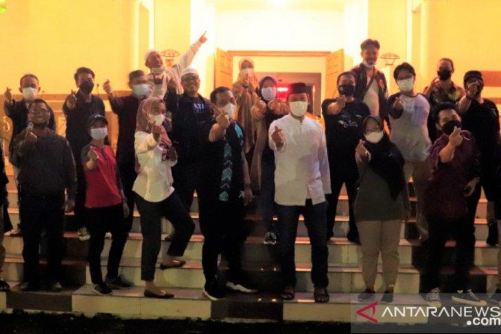 Wali Kota lestarikan tradisi malam Salikur