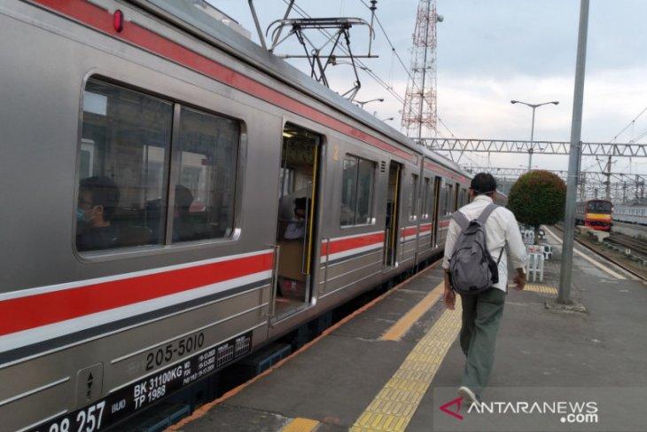 Perjalanan KRL dari Stasiun Bogor tidak berhenti di Stasiun Tanah Abang