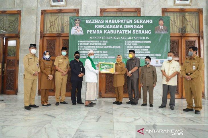 Pemkab Serang-Baznas distribusikan insentif guru ngaji hingga beasiswa