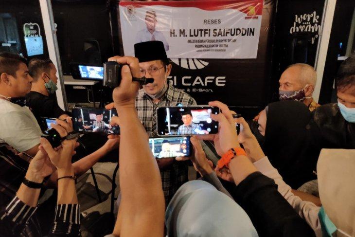 Ketua Komisi IV DPRD Kalsel reses bersama pers