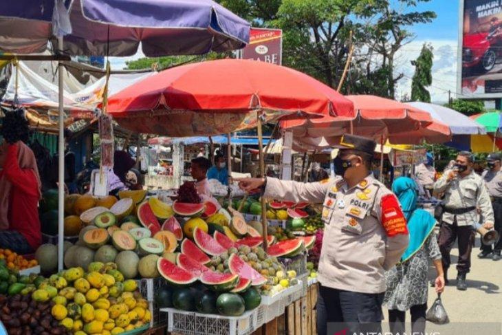 Polisi Sumsel diperintahkan turun pantau pasar dan pemukiman untuk disiplinkan prokes