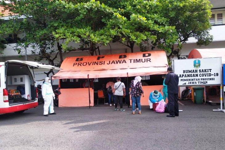 Sebanyak 34 pekerja migran positif COVID-19 dirawat di RS Lapangan Indrapura