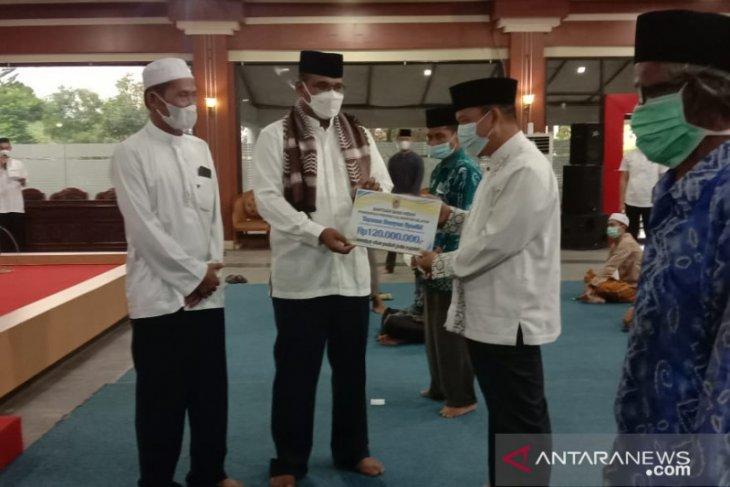Acting Governor appreciates Tanah Laut in handling COVID-19
