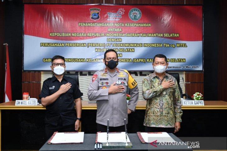 S Kalimantan Police partner GAPKI, Telkom to prevent forest and land fires