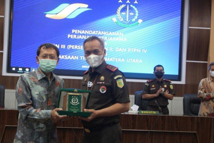 Kejati Sumut tanda tangani kerja sama bidang Datun dengan PTPN II