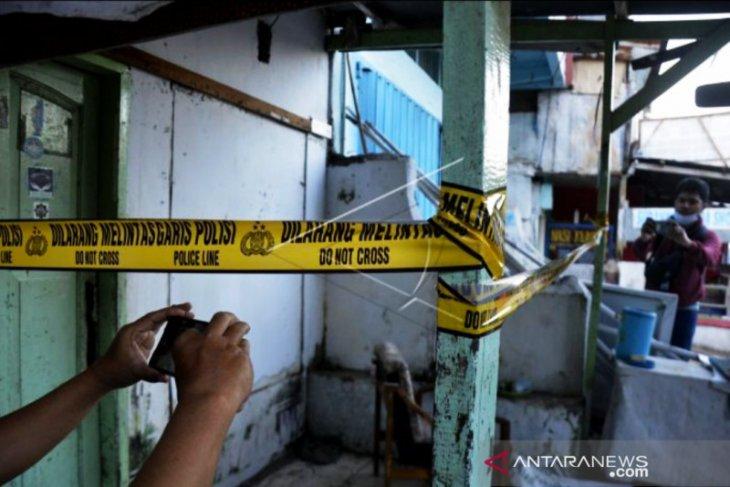 Terkait dengan keterlibatan Munarman, Densus 88 tangkap tiga petinggi eks FPI Makassar