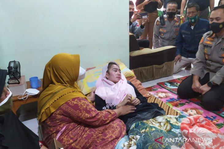 Kebutaan guru di Sukabumi bukan akibat vaksinasi, kondisinya membaik