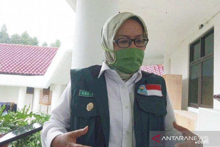 Bupati Bogor imbau masyarakat tetap waspada saat kasus COVID-19 melandai