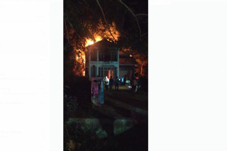 Rumah ASN Dinas PUPR Kayong Utara terbakar