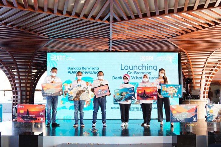 BRI - Kemenparekraf  luncurkan debit BRI Wisata Nusantara
