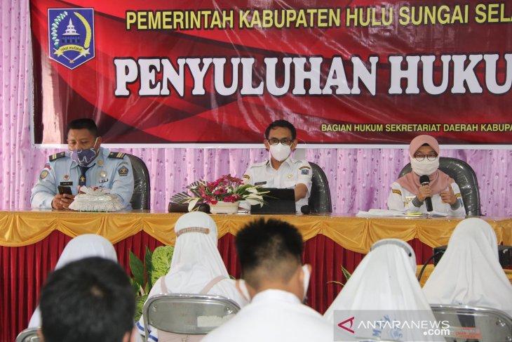 Cegah perilaku bullying, Pemkab HSS lakukan penyuluhan hukum