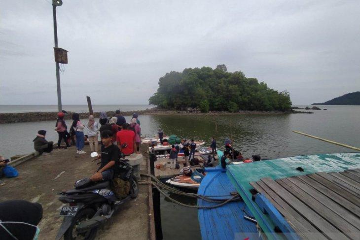 Layanan angkutan speedboat jurusan Sukadana- Pontianak sementara ditiadakan