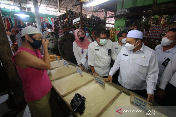 Wakil Bupati sidak pasar dan monitoring harga sembako