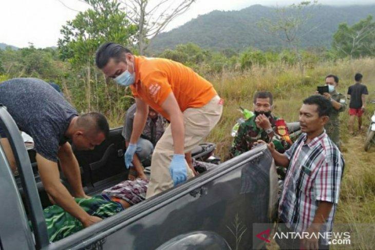 Polsek Mentok-Tim identifikasi Polres Bangka Barat olah TKP korban tenggelam