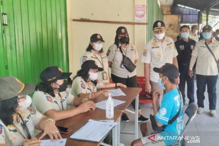 Tim Yustisi Denpasar jaring 20 orang pelanggar protokol kesehatan