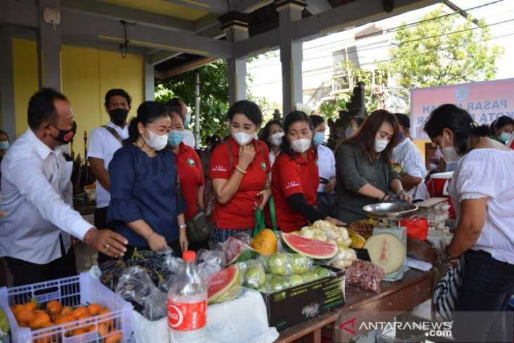 Disperindag Denpasar adakan pasar murah Idul Fitri