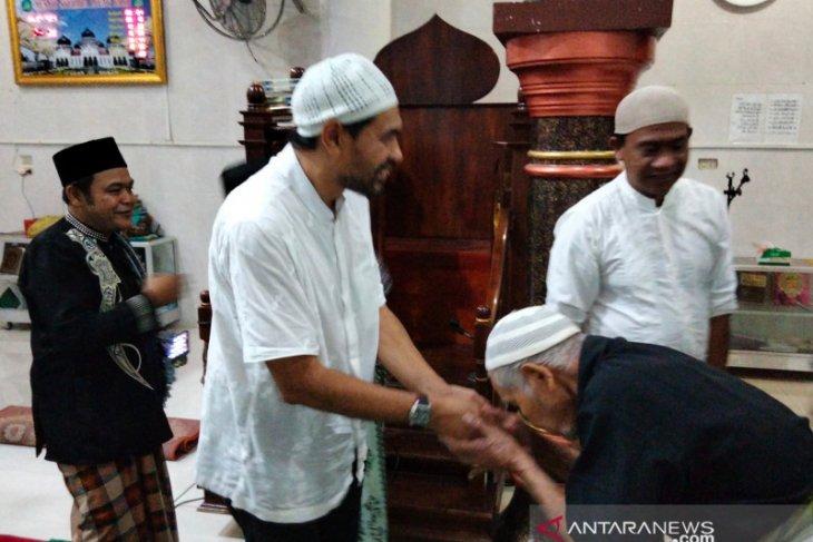 Mualem disambut antusias di Nagan Raya