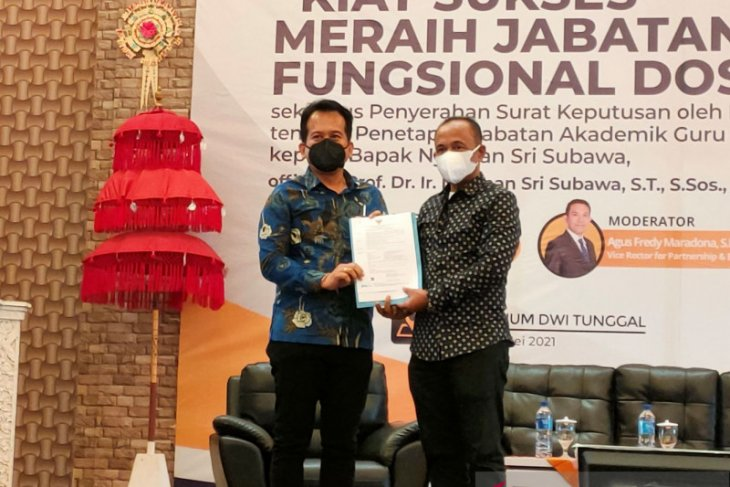 Rektor Undiknas-Denpasar resmi sandang gelar guru besar