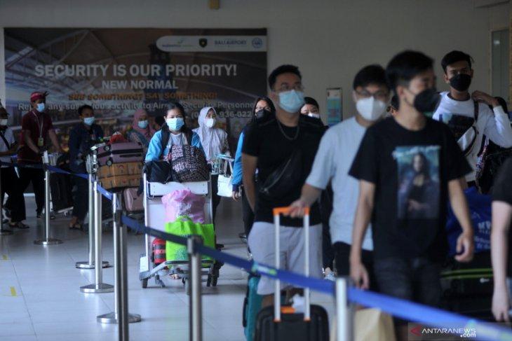 Bandara Ngurah Rai layani 12.896 penumpang selama larangan mudik